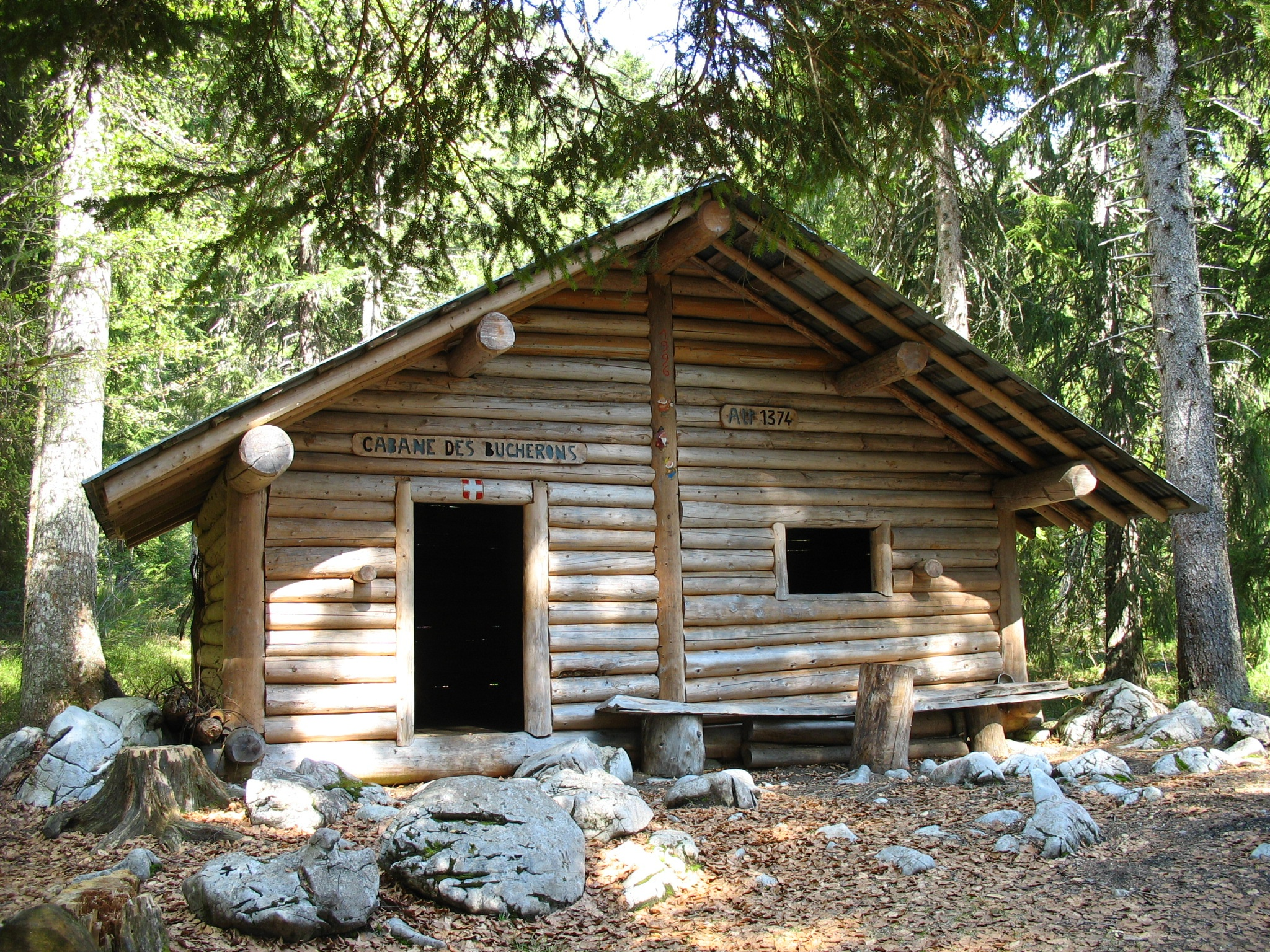 cabane des b cherons 1374 m cabane non gard e. Black Bedroom Furniture Sets. Home Design Ideas
