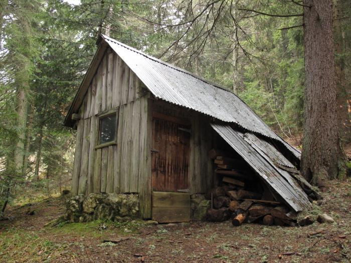 Habitats alternatifs, cabanes et huttes - Page 2 14851